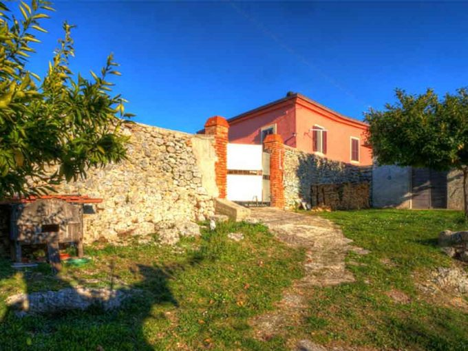 2 bedroom House in ARPINO